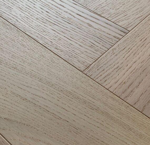 nacre oak visgraat detail